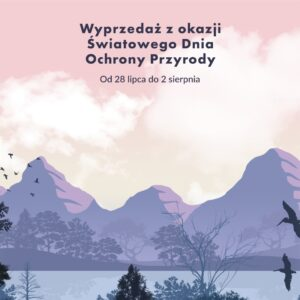 Światowy Dzień Ochrony Przyrody wyprzedaż Steam logo, w oddali fioletowe szczyty gór na tle różowego nieba, na pierwszym planie drzewa i ptaki latające wokól nich